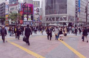 shibuya scramble crossing 109 shopping tokyo Japan JaPlanning  hachiko exit travel