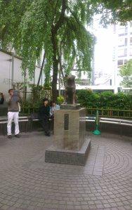 hachiko exit statue shibuya train station Tokyo Japan JaPlanning travel