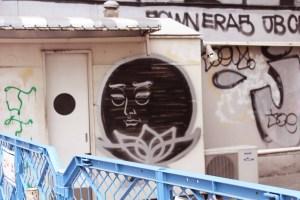 shibuya graffiti tokyo Japan JaPlanning centre gai scramble crossing hachiko