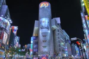 Shibuya 109 night shopping Gyaru Kogal Tokyo Japan JaPlanning travel