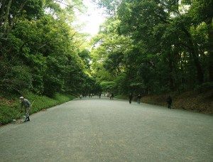 meiji jingu shrine harajuku yoyogi Tokyo Japan park garden escape oasis Japan JaPlanning travel