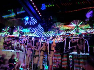 Robot Restaurant dancing girls Kabukicho Shinjuku Tokyo Japan travel JaPlanning